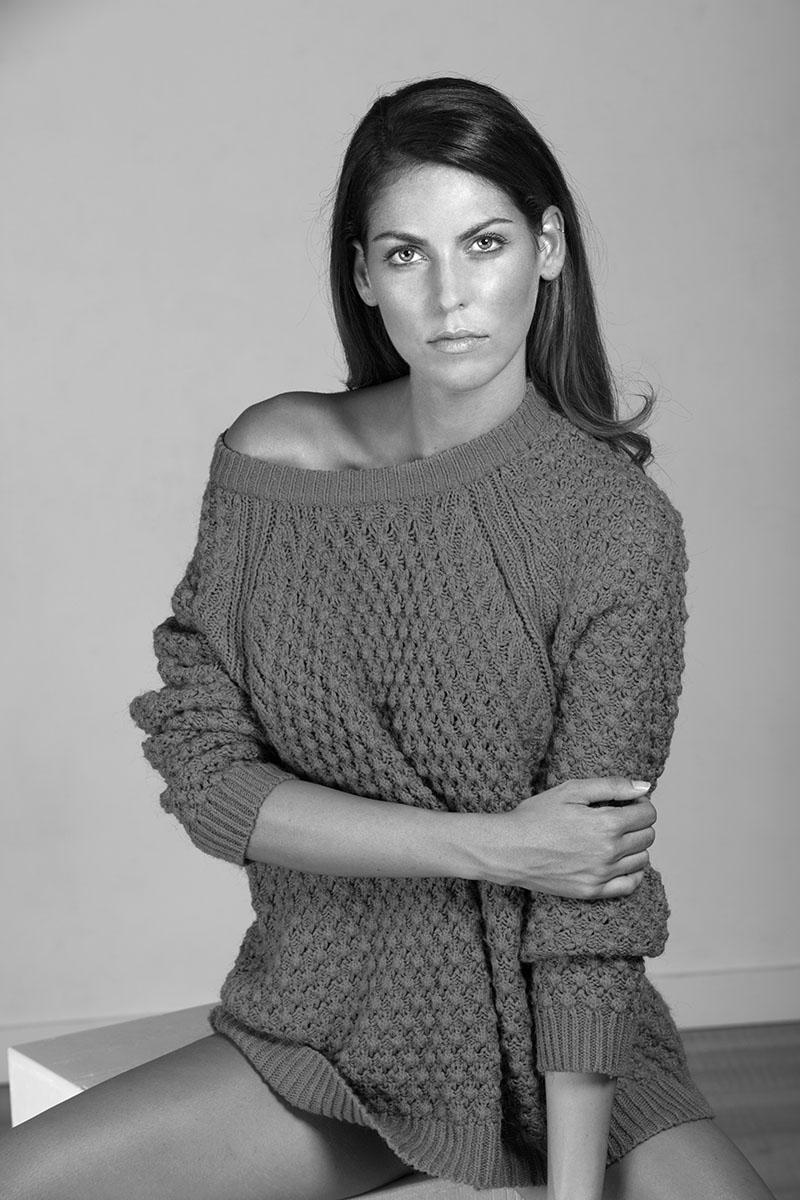 Carla Martín by Maite Nieto